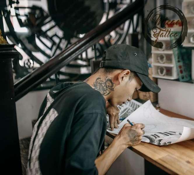 hoc xam hinh nghe thuat tại Micae tattoo